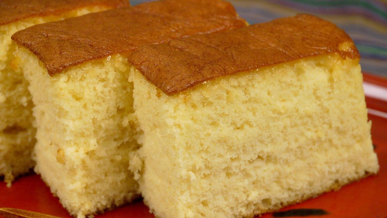 صورة طريقة عمل الكيكة الاسفنجية بالصور , الكيكه الاسفنجيه الهاشه بالخطوات