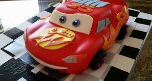 كيك على شكل سيارة بالصور , كيكة مختلفه جدا لطفلك