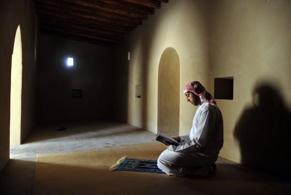 صورة رؤية رجل دين معروف في المنام , راي العلماء برؤية رجال الدين