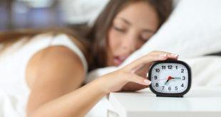 صور لا استطيع الاستيقاظ من النوم , يحدث عند الجميع