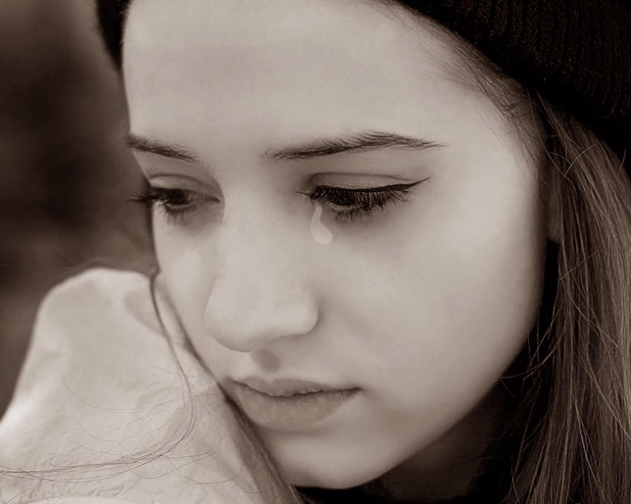 صورة صور حزينه بكاء , نضعها في مواقف تحدث كثيرا