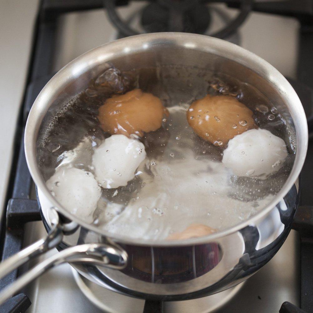 صورة كم يستغرق سلق البيض , كل ست بيت تحتاجه