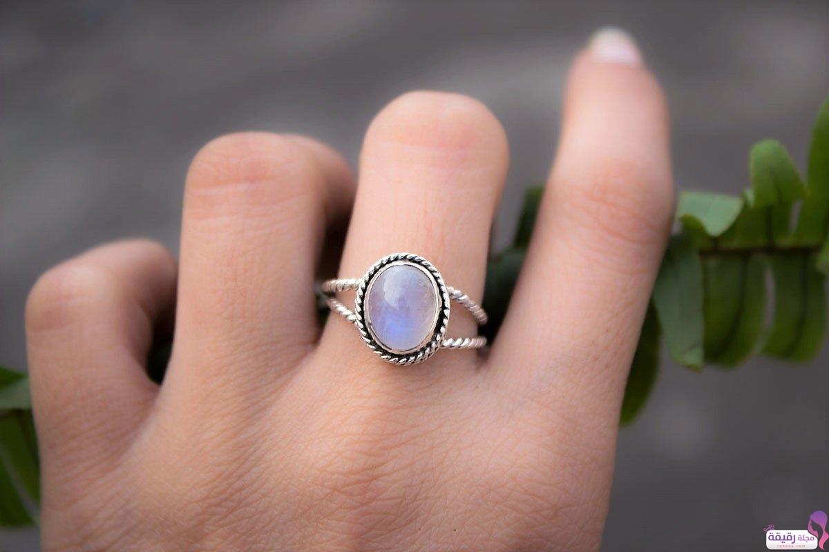 صورة تفسير الخاتم في المنام , لبس الخاتم في الحلم للفتاة