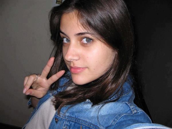 صورة صور بنت 17 سنه , خلفيات جميلة للبنات 1432 13
