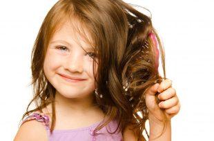 صورة تنعيم الشعر المجعد للاطفال , تخلصي من الشعر المجعد بوصفة منزلية