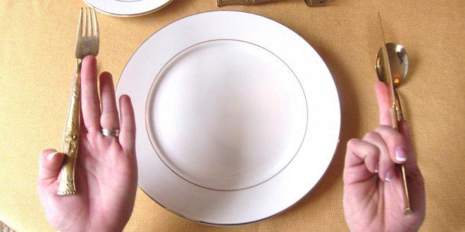 صورة اتيكيت المائدة بالصور , كوني امراة انيقة واتيكيت