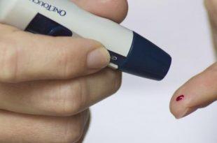 صورة هل القلق يرفع السكر , الضغط النفسي سبب الاصابة بالسكري