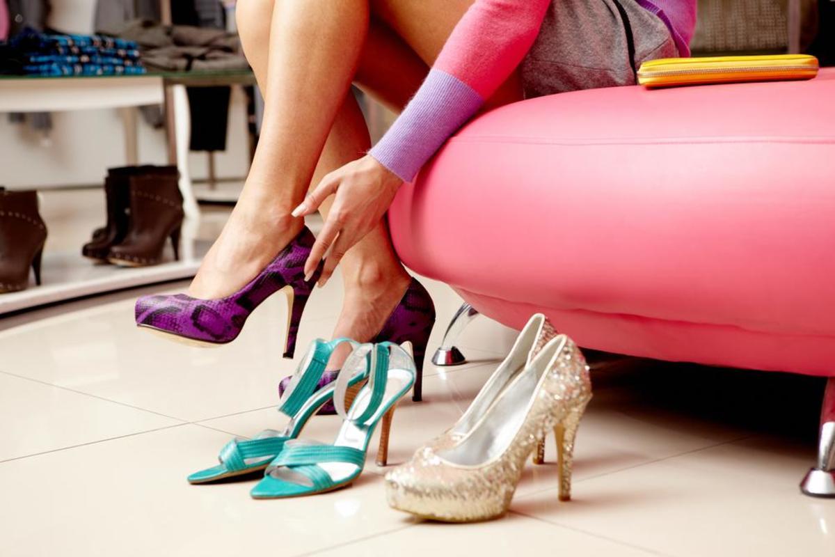 صورة هدية حذاء في المنام , من اغرب الاحلام