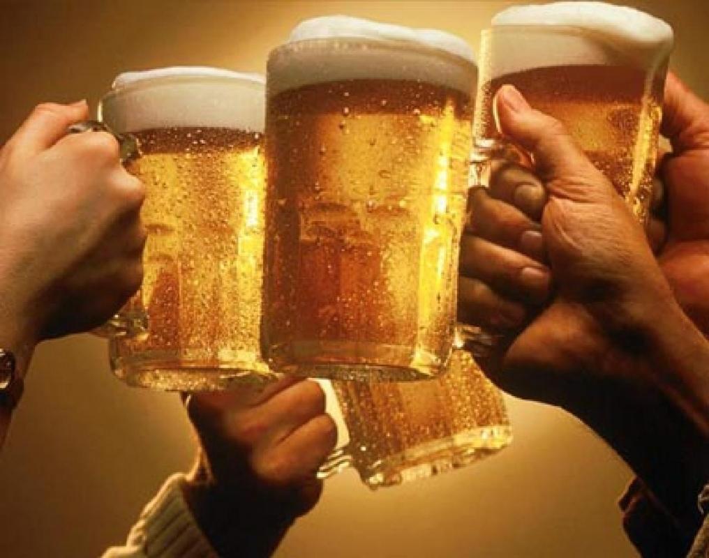 صورة فوائد البيرة بالكحول , من غير الكحول يكون لها الكثير من الفوائد