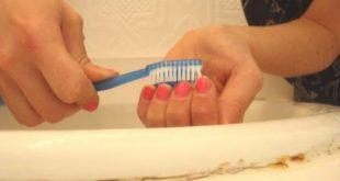 صورة طريقة تنظيف الاظافر من الاوساخ, تعلمي تنظيف اظافرك في البيت بطريقة سهلة