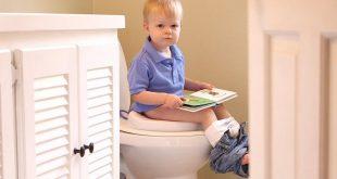 صورة تعويد الطفل على الحمام, علمي طفلك في سن مبكر هذا الامر