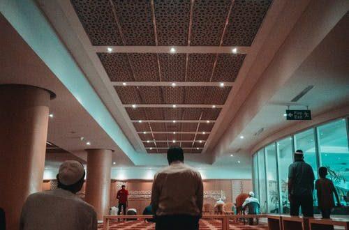 صورة من راى في المنام انه يصلي على النبي , تفسير الصلاة على رسول الله فى الرؤى